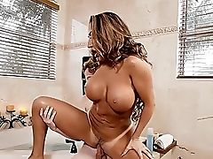 Promiscuous Divorced Richelle Ryan Squeals While Being Fucked Hard