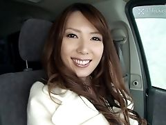 Yui Hatano Deepthroats Sausage In Car (uncensored Jav)