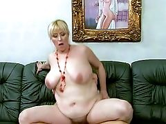 Matures Brief Haired Fat Blonde Whore Beverly With Bog Natural