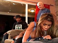 Big Bottomed Filthy Wifey Alicia Works On Strong Black Dick In Front Of Cheating