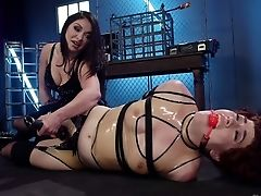 Violent Mistress Ingrid Mouth Penalizes Hubby's Paramour In The Basement