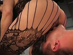 Whorey Mistress Lea Lexis Luvs Facesit And Fucks Dude's Booty Crevasse With Strap-on