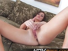 Black-haired Gash Lily Carter Masturbate Frigging