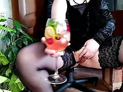 Russian Mummy And Her Natural Cocktail