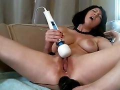 Horny Chick Is Stimulating Her Both Fuck-holes With Her Beloved Intercourse Fucktoys