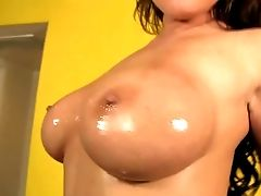 Chloe Reese Carter's Massive Oiled Breasts Are Truly Amazing. She